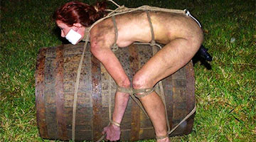 The girl was tied to a barrel and pushed down the mountain. Very dangerous entertainment ended in failure